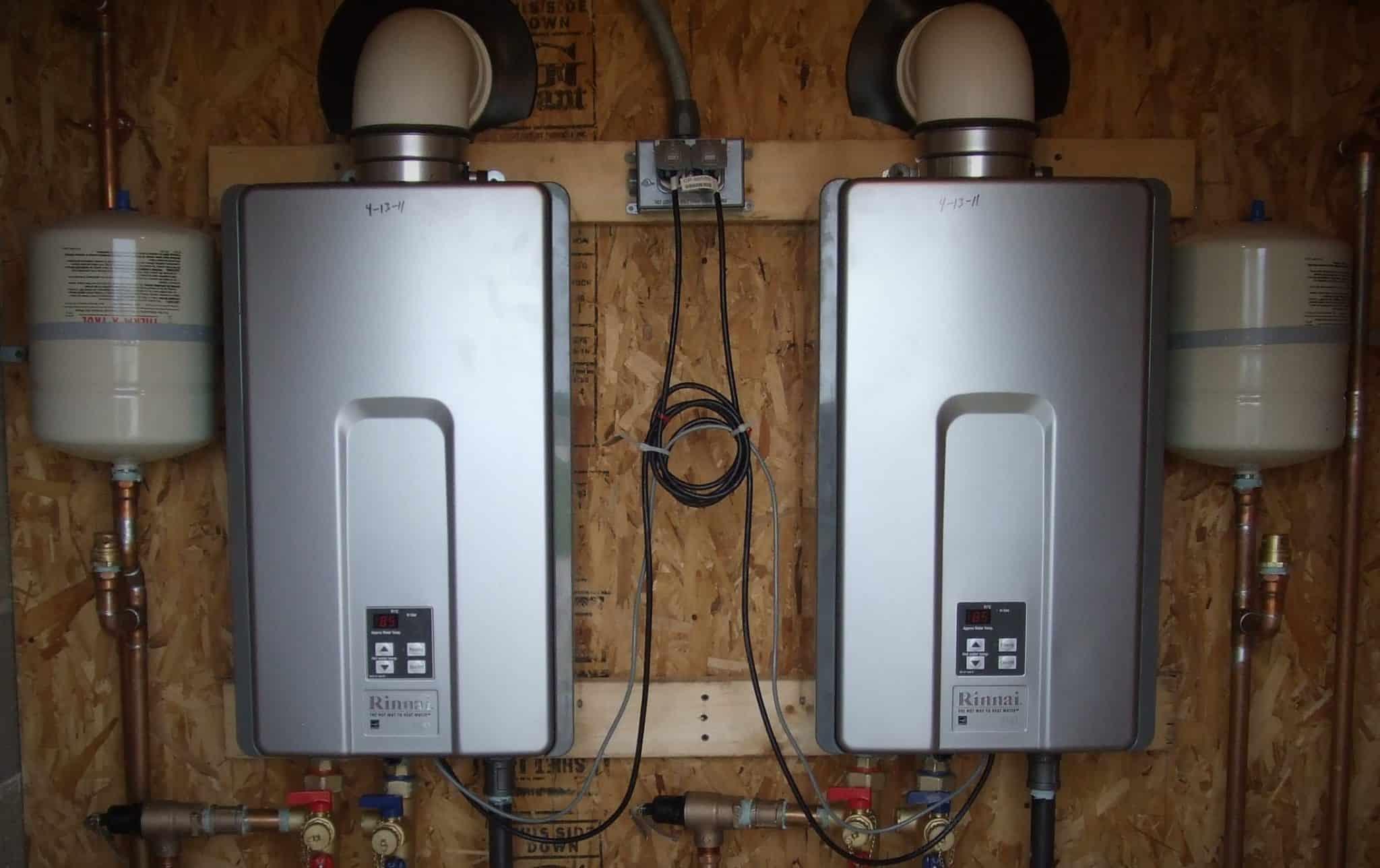 5 Benefits Of Tankless Water Heaters Mastertech Plumbing